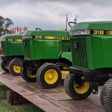 John Deere 200 210 212 214 216 Manual PTO Clutch AM38406